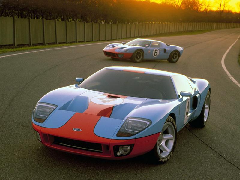 Ford-GT-2005-J-Mays-Camilo-Pardo-design