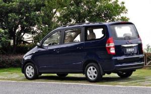 GM-WuLing-Hongguang-minivan