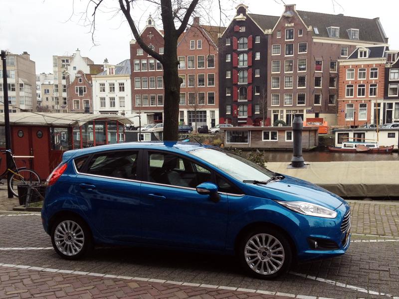 Ford-Fiesta-Ecoboost-1.0-Powershift-Titanium