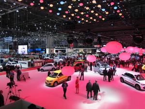 Renault-stand-Geneva-Auto-Show-2014