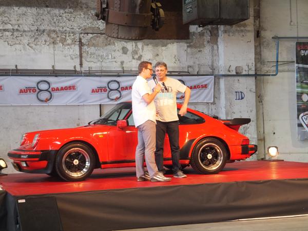 Porsche_930
