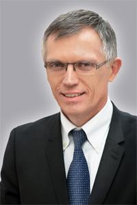 PSA-Peugeot-Citroen-CEO-Carlos_Tavares