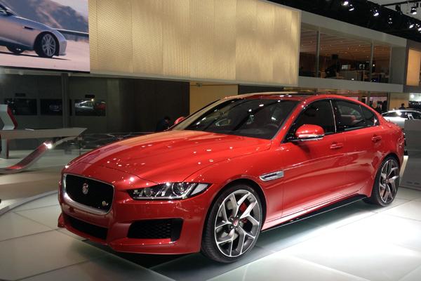 Jaguar-XE-Paris-Auto_Show-2014
