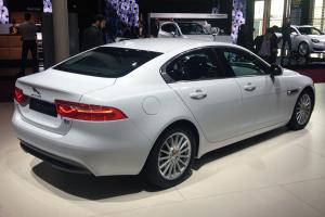 Jaguar_XE-Paris-Auto_Show-2014