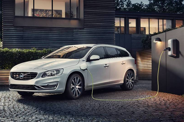 Volvo_V60_D6_AWD-PHEV-sales-Europe