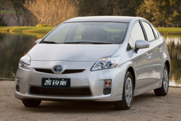 Auto-sales-statistics-China-Toyota_Prius-sedan