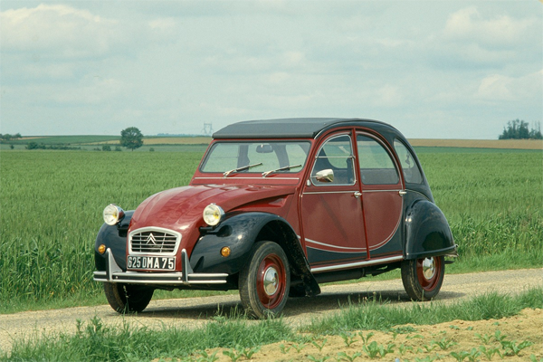 France-car_sales-1985-2014-Citroen_2CV