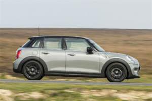European-sales-premium_small_segment-Mini-5_door