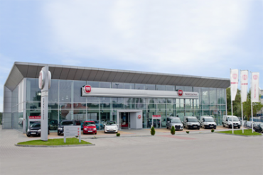 European-car-sales-july-2015-fiat-dealership