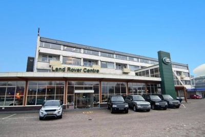 European-car-sales-september-2015-Land_Rover-dealership