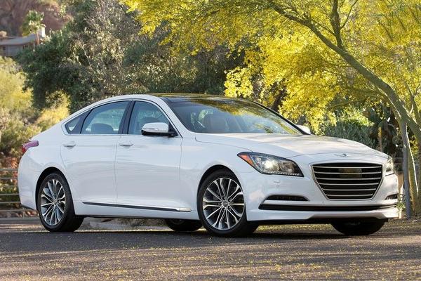 Hyundai_Genesis-US-car-sales-statistics
