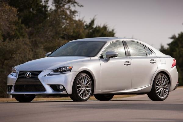Lexus_IS-US-car-sales-statistics