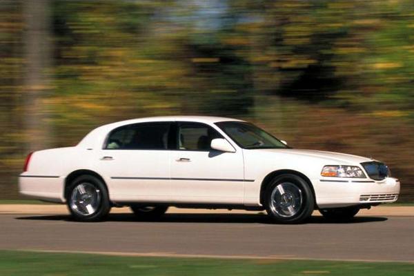Lincoln_Town_Car-US-car-sales-statistics