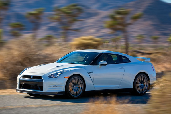 Nissan_GTR-US-car-sales-statistics