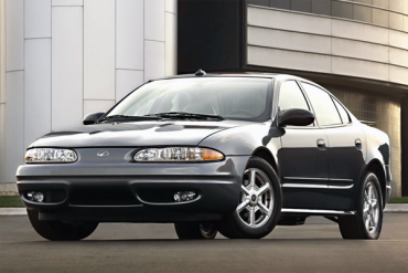 Oldsmobile_Alero-US-car-sales-statistics