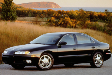 Oldsmobile_Aurora-US-car-sales-statistics