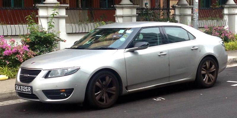 Saab_95-Singapore-street_scene-2015
