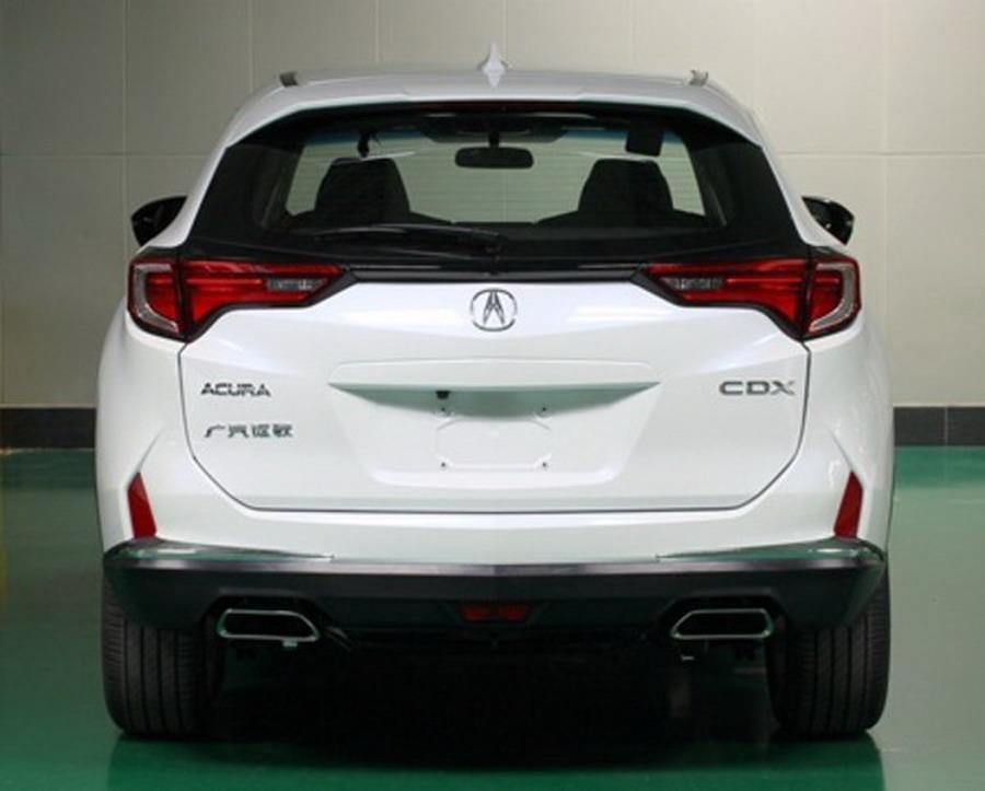 2017-Acura-CDX-2