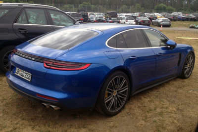 Porsche_Panamera-second_generation-2016-rear