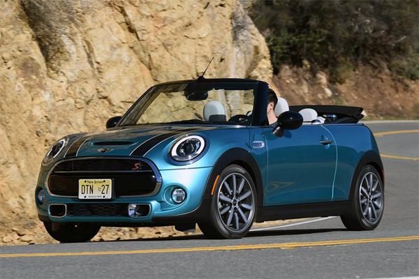 Mini_Convertible-US-car-sales-statistics