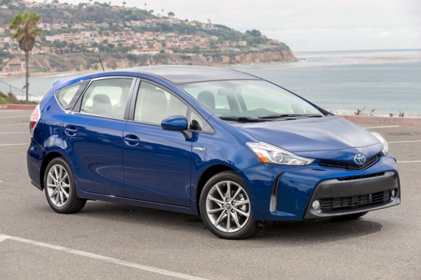 Toyota_Prius_V-US-car-sales-statistics