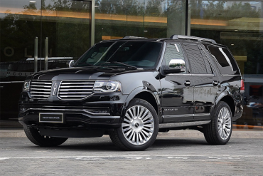 Auto-sales-statistics-China-Lincoln_Navigator-SUV