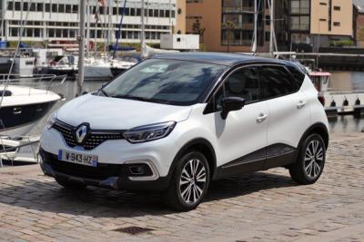 Renault_Captur-Initiale_Paris-2017