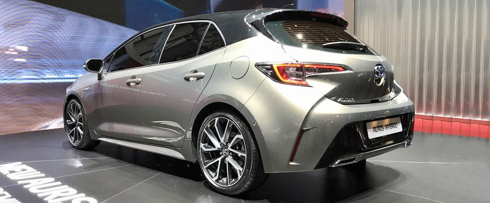 Toyota_Auris-Geneva_Autoshow-2018-rear-interior