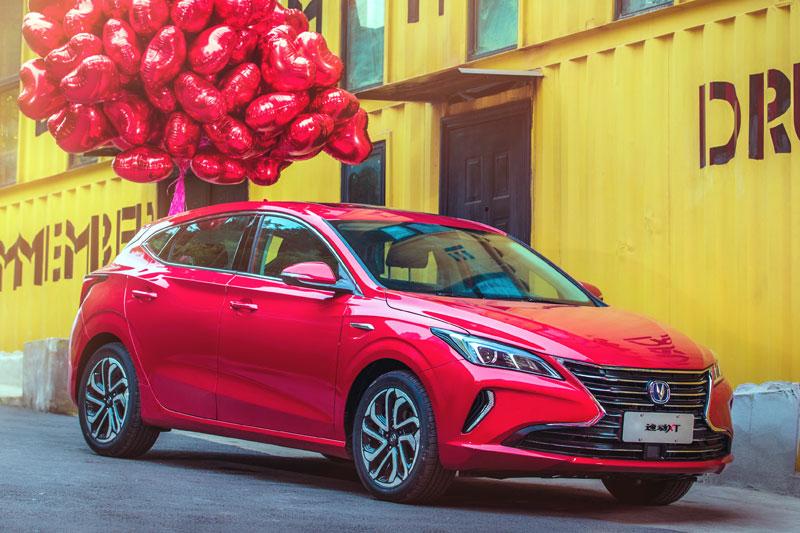 Auto-sales-statistics-China-Changan_Eado_XT-hatchback